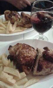 Pollo, patatas y sangria!
